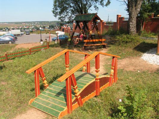 Как сделать мостик для детей на детскую площадку