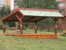 Песочница с навесом :: Детские песочницы изготовленные из дерева, Вы можете купить/заказать по телефонам: 8 (495) 783-65-09, 8 (495) 518-64-87